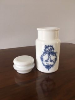 Pot à Pharmacie