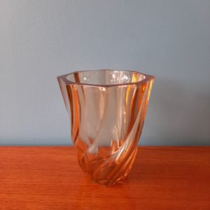 Vase en verre  -  La maison