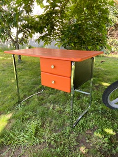 Bureau Bureau vintage orange en skai et chrome