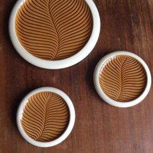 Dessous de plat et verres  -  La faience - porcelaine - céramique
