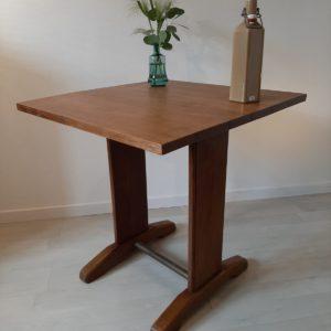 Table bistrot en bois  -  La maison