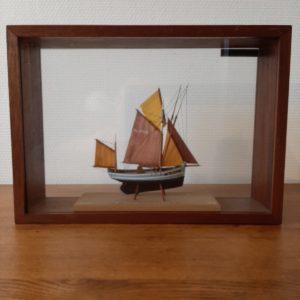 Ancienne maquette de bateau à voile  -  La décoration
