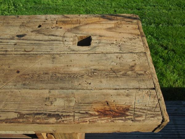 Ancien établi de menuisier en bois  -  La maison