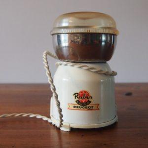 Moulin à café électrique  -  La maison