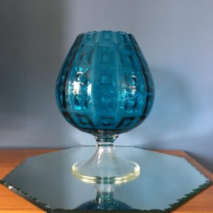 Grand vase boule  -  La décoration