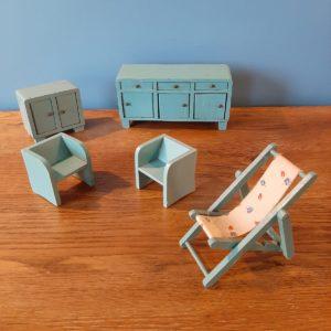 Meubles de salon pour poupée  -  Le bois
