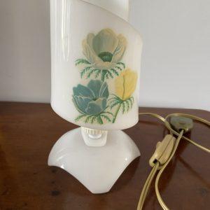 Lampe de chevet  -  L'éclairage