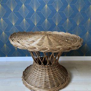 Table basse en osier et bambou  -  La maison