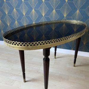 Table basse ovale bouillotte  -  La maison