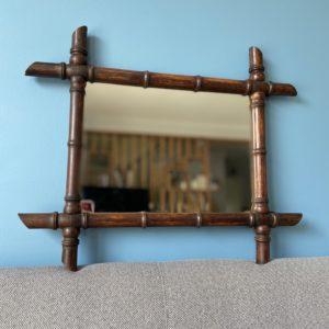 Miroir en bois façon bambou  -  La décoration